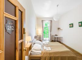 Downtown Forest Hostel & Camping, hotel in Vilnius