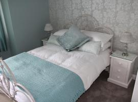 Sea Mist B&B, hotel near Galway Irish Crystal Heritage Centre, Galway