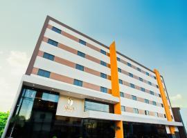 Megal Suites Hotel by DecO, hotel in Ciudad del Este
