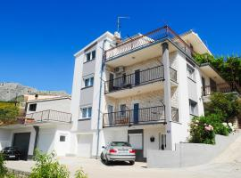 Apartments Katarina, self catering accommodation in Podstrana