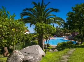 Hotel Cernia Isola Botanica, hotel near Cabinovia Monte Capanne, Sant'Andrea
