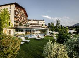 Sport-Wellnesshotel Bichlhof, hotel near Hahnenkamm, Kitzbühel