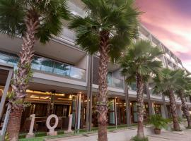 The Regent Phuket Bangtao Beach, serviced apartment in Bang Tao Beach