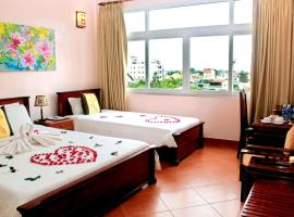 Holiday Diamond Hotel, accessible hotel in Hue