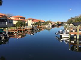 TradeWinds Homosassa Marina Resort, hotel near Homosassa Springs Wildlife State Park, Homosassa