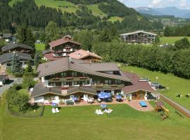 Alpenhotel Landhaus Küchl, country house in Kirchberg in Tirol