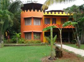 El Castillo Divertido, hotel in Paraíso