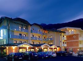 Hotel Ideal, hotel in Madonna di Campiglio