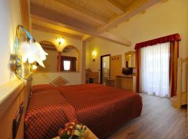 Albergo Alla Comparsa, hotel near Malga, Montagnaga