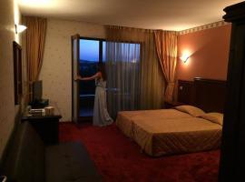 Boliari Hotel, hotel in Veliko Tŭrnovo