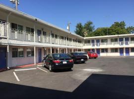 Travelodge by Wyndham Sacramento Convention Center, motel in Sacramento