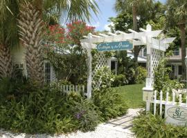 Cottages by the Ocean, cabin in Pompano Beach