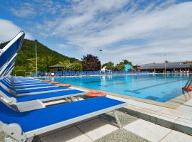 Hotel Petrarca Terme, hotell i Montegrotto Terme