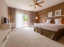 Cihelny Golf & Wellness Resort, hotel en Karlovy Vary
