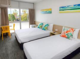Palm Beach Hotel, hotel in Gold Coast