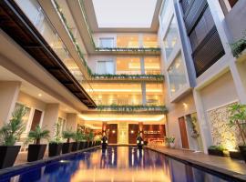Ohana Hotel Kuta, hotel near Made's Warung Kuta, Kuta