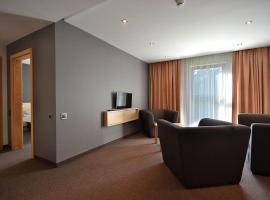 Rezydencja nad jeziorem Pestkownica, hotel in Pestkownica