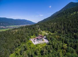 Landhotel und Berggasthof Panorama, hotel in Garmisch-Partenkirchen