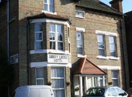 Abbey Lodge Hotel - B&B, hôtel acceptant les animaux domestiques à Londres