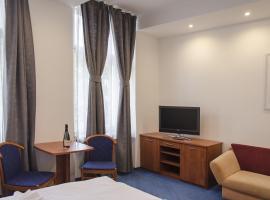 Penzion Hacienda Ranchero, hotel near Pardubice Airport - PED,