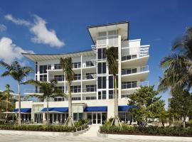 Royal Blues Hotel, hotel near Johns Siding Railroad Station, Deerfield Beach