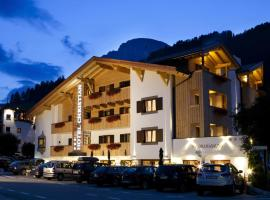 Hotel Christian, hotel a Corvara in Badia