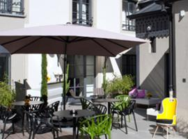 Hôtel Quatorze, dîners et petits déjeuners servis en chambre, Hotel in Colmar