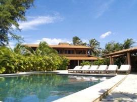 Mansao Santa Rita, hotel with pools in Cumbuco