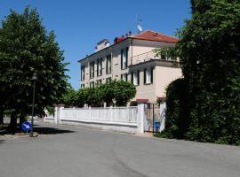 Albergo Belvedere, hotell i Acqui Terme