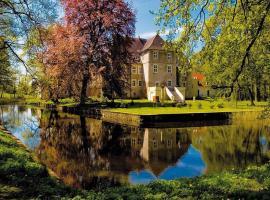 Hotel Wasserschloss Mellenthin, hotel near Baltic Hills Golf Usedom, Mellenthin