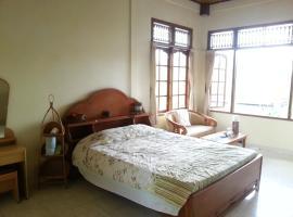 Runa Guesthouse, budget hotel in Ubud