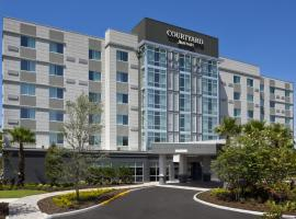 Courtyard by Marriott Orlando South/Grande Lakes Area, hotel in Orlando
