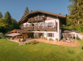 Ferienhaus Heimhof, pet-friendly hotel in Garmisch-Partenkirchen