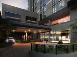 ザ B ホテル ケソン シティー、マニラのホテル