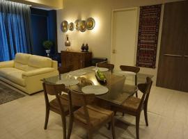 Ferringhi Luxury Suite @ By The Sea, apartment in Batu Ferringhi