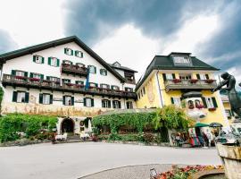 Hotel Gasthof zur Post, hotel near Zwölferhorn Seilbahn, Sankt Gilgen