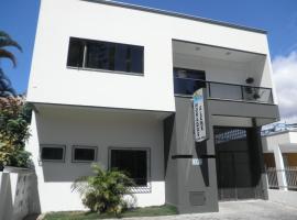 Moradas Elene, hotel near Praia Grossa, Itapema