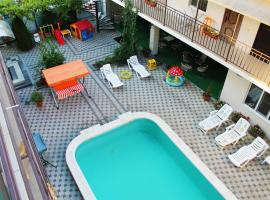 Solnechny Dom, hotel with jacuzzis in Vityazevo