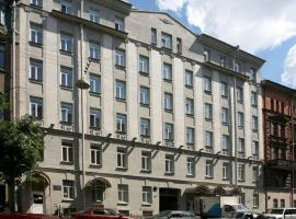 Inzhekon Hotel, hotel near Vitebsky Train Station, Saint Petersburg