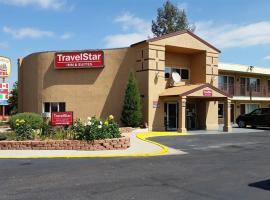 TravelStar Inn & Suites, hotel in Colorado Springs