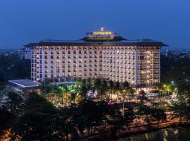 Chatrium Hotel Royal Lake Yangon, hotel in Yangon
