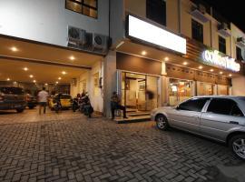 Palapa Hotel, hotel in Mataram