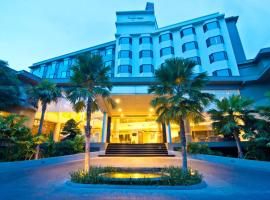 The Grand Riverside Hotel, hotel in Phitsanulok
