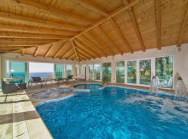 Villa Residence Lantoni, holiday home in Mlini