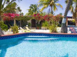 Beach House Aruba Apartments, appartement in Palm-Eagle Beach