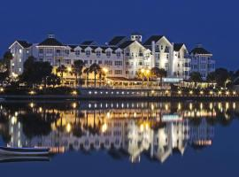 The Waterfront Inn, hotel in The Villages