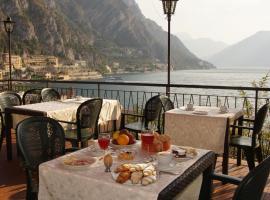 Hotel Alla Noce, hotel a Limone sul Garda