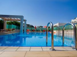 Mythos Platanias Apartments, hotel in Platanias