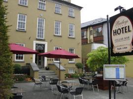Baileys Hotel Cashel, hotel in Cashel