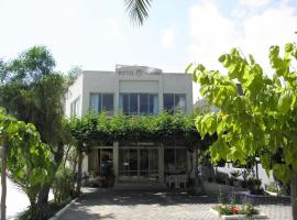Falassarna Hotel, hotel in Chania